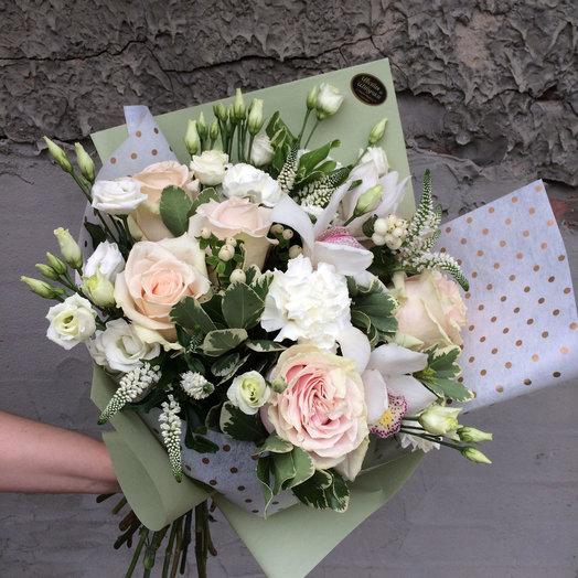 Элегантный букет в пудровых тонах: букеты цветов на заказ Flowwow