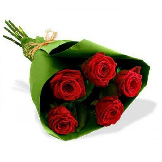 5 роз в упаковке. Код 180059