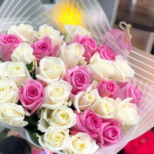29 нежных роз: букеты цветов на заказ Flowwow