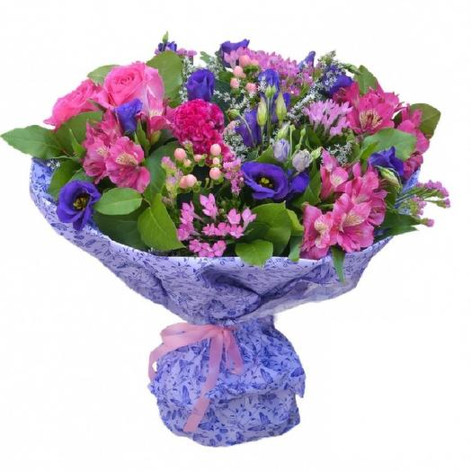 Букет с лизиантусами и альстромериями: букеты цветов на заказ Flowwow