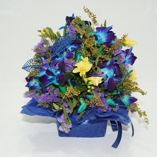 Хризантема горшечная в орхидеях с солидаго: букеты цветов на заказ Flowwow