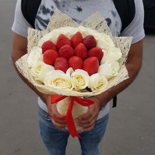 Букет из клубнички: букеты цветов на заказ Flowwow