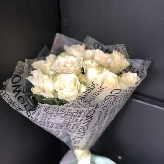 Белые ночи: букеты цветов на заказ Flowwow