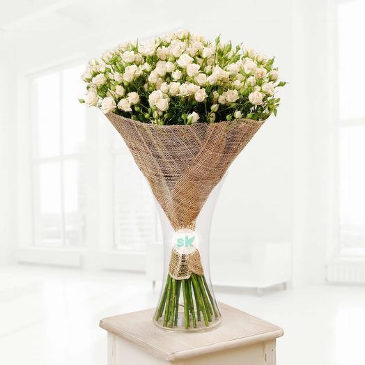 Букет из 35 кустовых роз: букеты цветов на заказ Flowwow