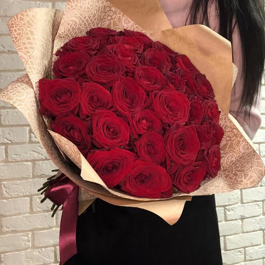 31 Red Naomi: букеты цветов на заказ Flowwow