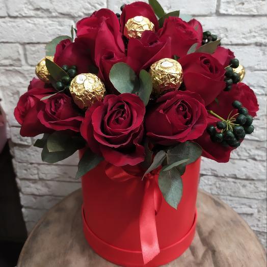 Конфеты в розах для любимой: букеты цветов на заказ Flowwow