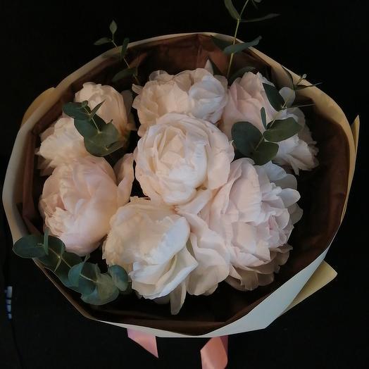 Букет из 7 пионов: букеты цветов на заказ Flowwow