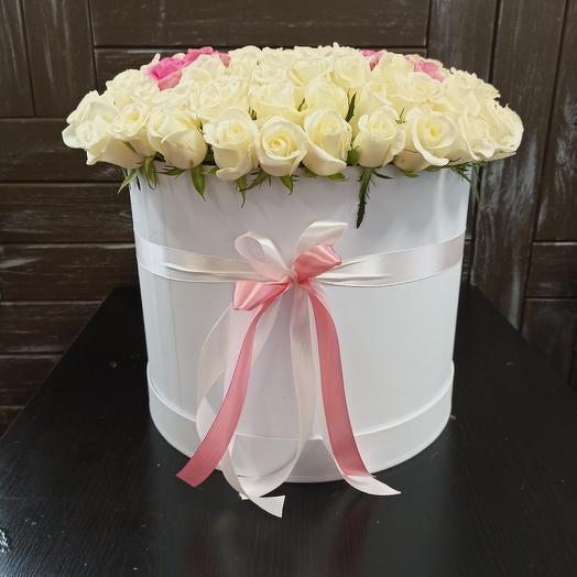"""Букет из 101 розы с буквой """"М"""""""