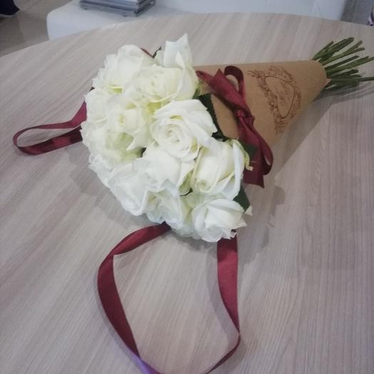 Bouquet of 11 roses