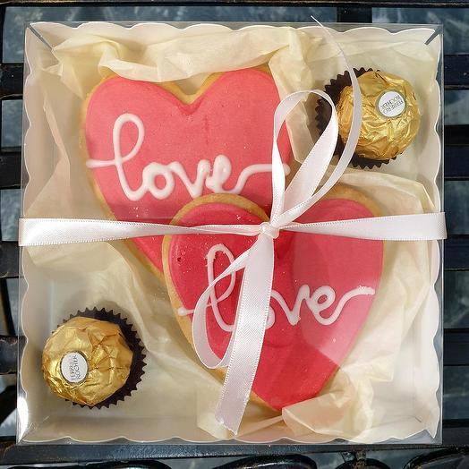 Сладкий набор с печеньями Love