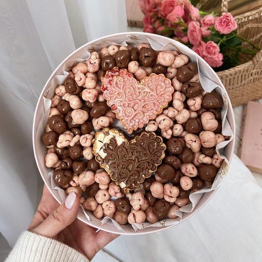 Набор драже из сублимированных персика, клубники и бельгийского шоколада «2 сердца»