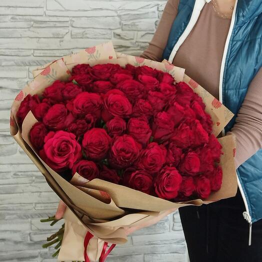 Красные розы кения 45