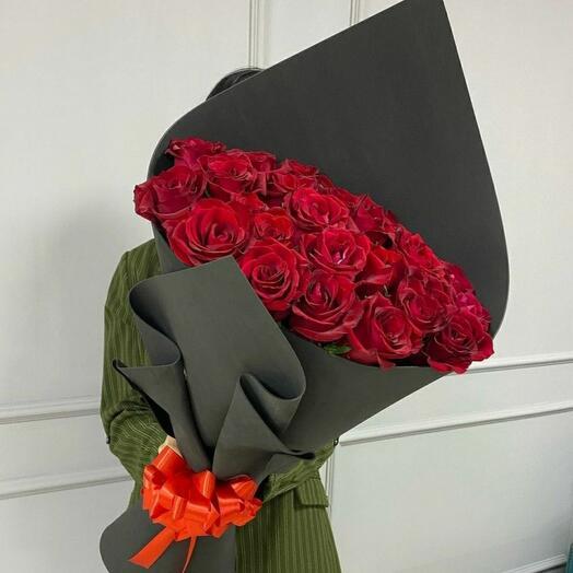 Красное в черном