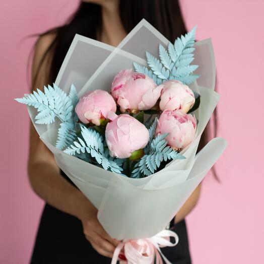 Монобукет из 5 розовых пионов 264
