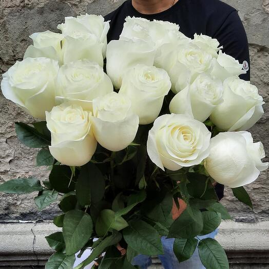 Белые розы 21