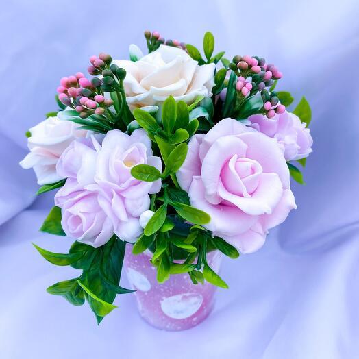 Букет розы и фрезия