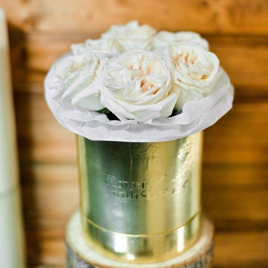 Стильная коробочка кремовое настроение: букеты цветов на заказ Flowwow