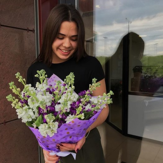 Букет из 19 маттиол: букеты цветов на заказ Flowwow
