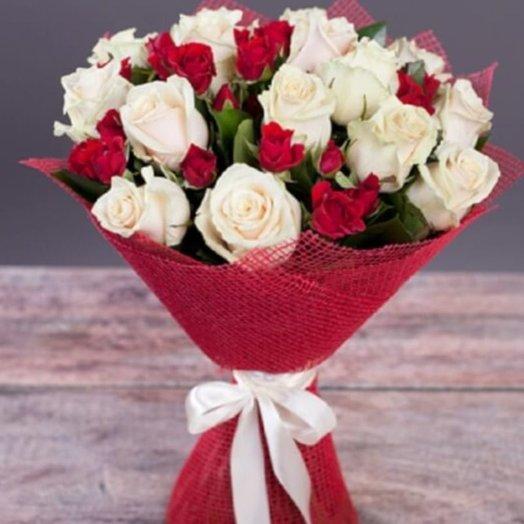 Букет микс роз: букеты цветов на заказ Flowwow