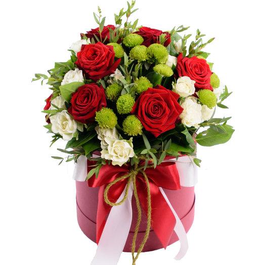 Коробка с цветами Какая прелесть: букеты цветов на заказ Flowwow