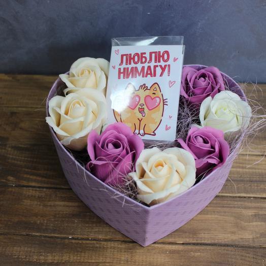 """Коробка """"Неувядающее сердце"""" с розами из мыла"""