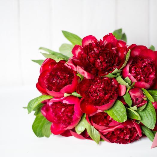 Красная революция: букеты цветов на заказ Flowwow