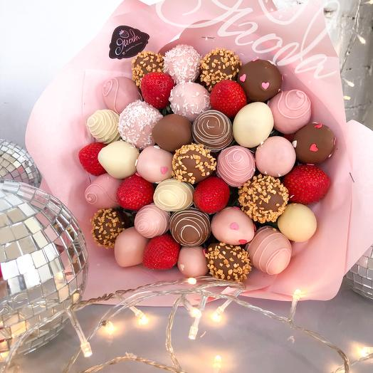 """A bouquet of chocolate-covered strawberries """"Hard"""""""