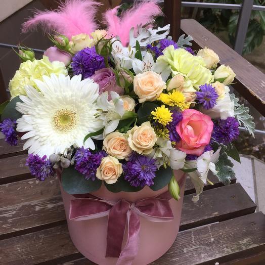 Коробка «Лебедь»: букеты цветов на заказ Flowwow