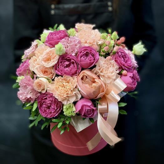 Композиция с пионовидными розами «Цветочное искушение»: букеты цветов на заказ Flowwow