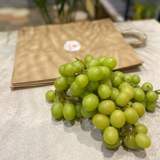 Виноград Перу крупный и сладкий