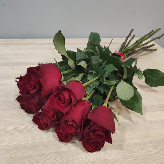 Букет из 11 бордовых роз 60 см