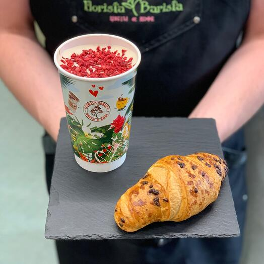 Set with Raspberry Raf coffee and croissant with chocolate
