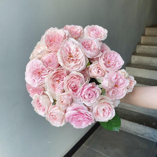Моно из розы «лав ми»