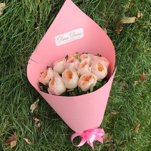 11 персиковых пионовидных кустовых роз сорта Джульетта