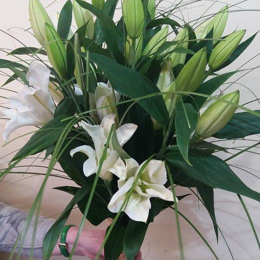 Букет из лилии: букеты цветов на заказ Flowwow