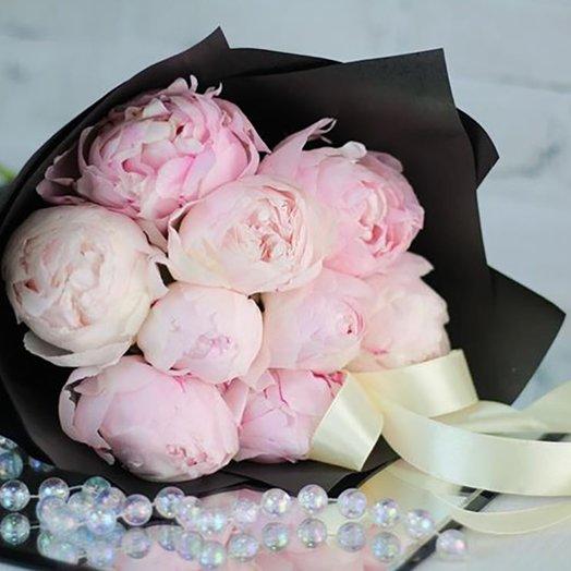 Букет из розовых пионов: букеты цветов на заказ Flowwow