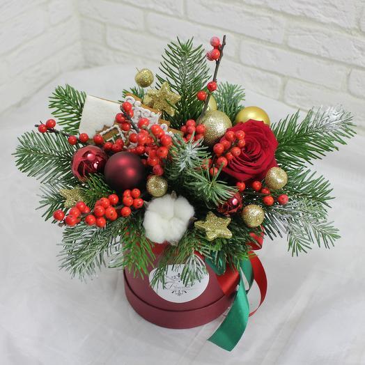 Пряничная елка: букеты цветов на заказ Flowwow