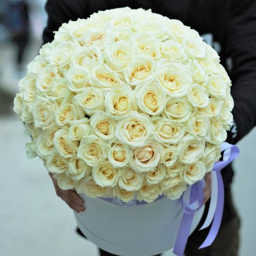 101 белая роза в коробке: букеты цветов на заказ Flowwow
