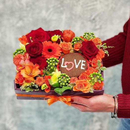 """Композиция любви  с печеньем """"Love"""": букеты цветов на заказ Flowwow"""