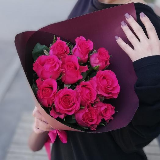 Яркие розы в корейской упаковке