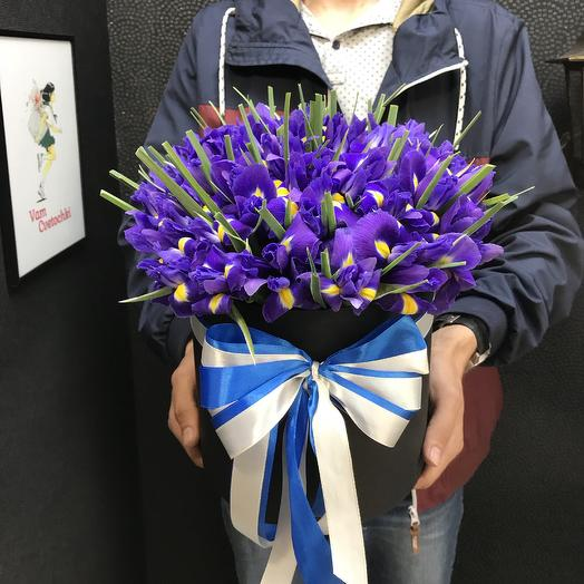 Ирис Box: букеты цветов на заказ Flowwow