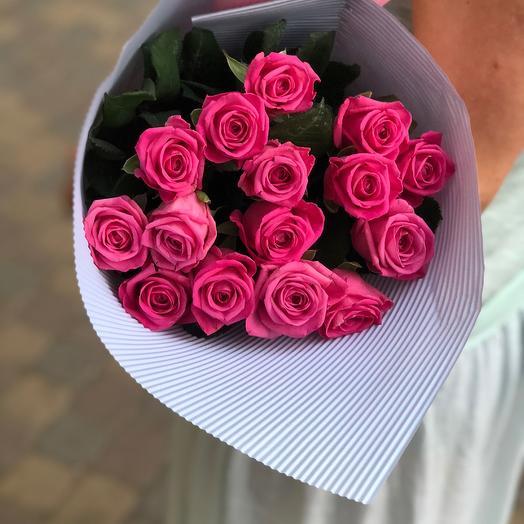 15 розовых роз в конверте для мамы