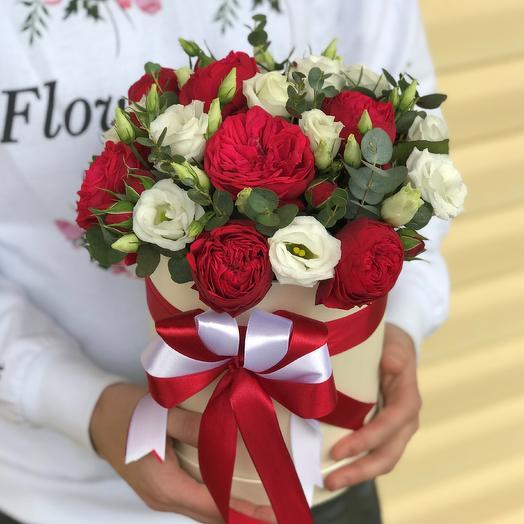 Коробки с цветами. Эустома с пионовидной розой. N575