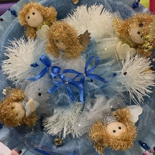 Букет из мягких игрушек Ангелы: букеты цветов на заказ Flowwow