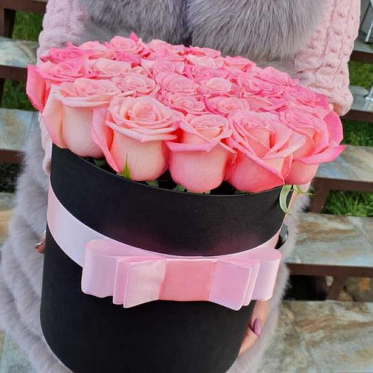 Розы в цилиндре: букеты цветов на заказ Flowwow
