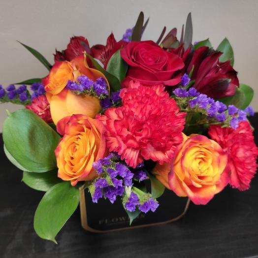 Пламенное чувство: букеты цветов на заказ Flowwow