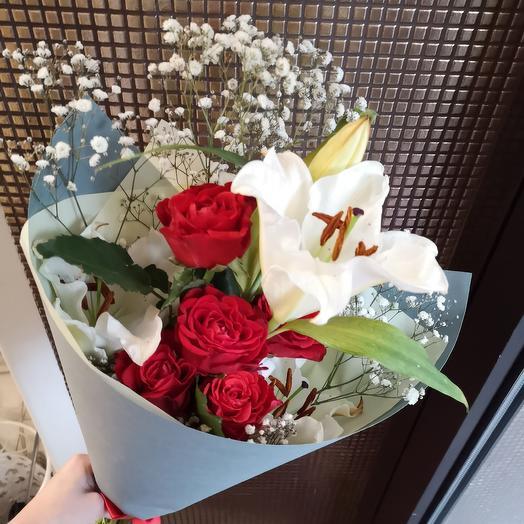Букет лилия и розы: букеты цветов на заказ Flowwow