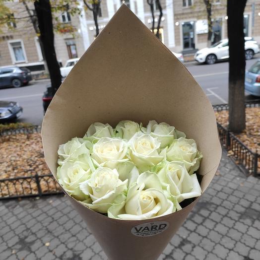11 белых роз 🚀