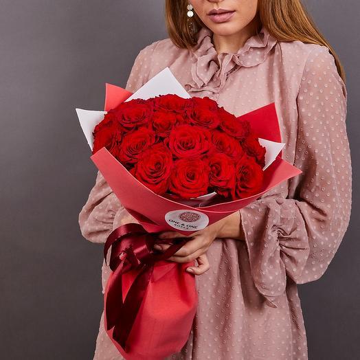 19 красных роз премиум (ваза в подарок, см. условие акции)