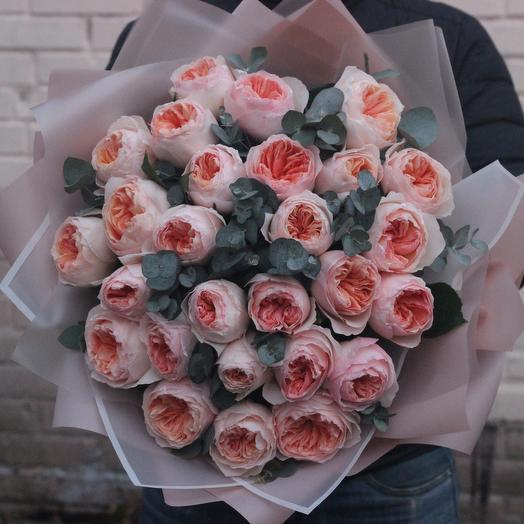 25 пионовидных роз джульетта